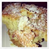 Rhubarb-crumble-muffins