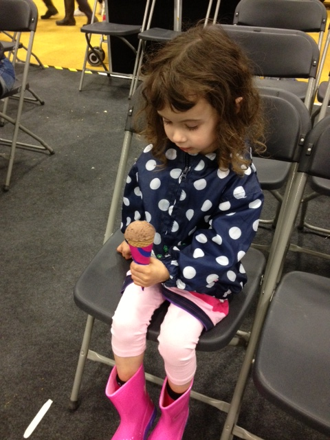 neave at show